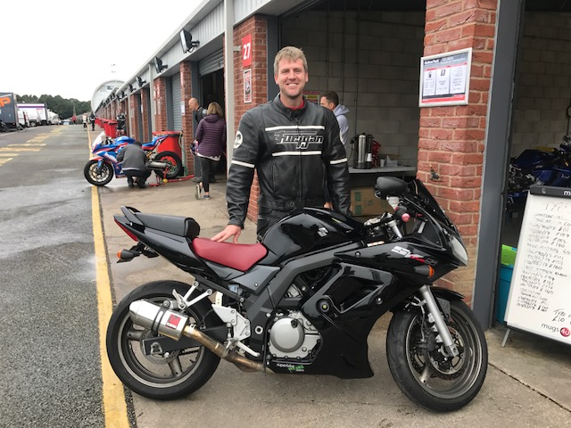 Oulton park first trackday sv650